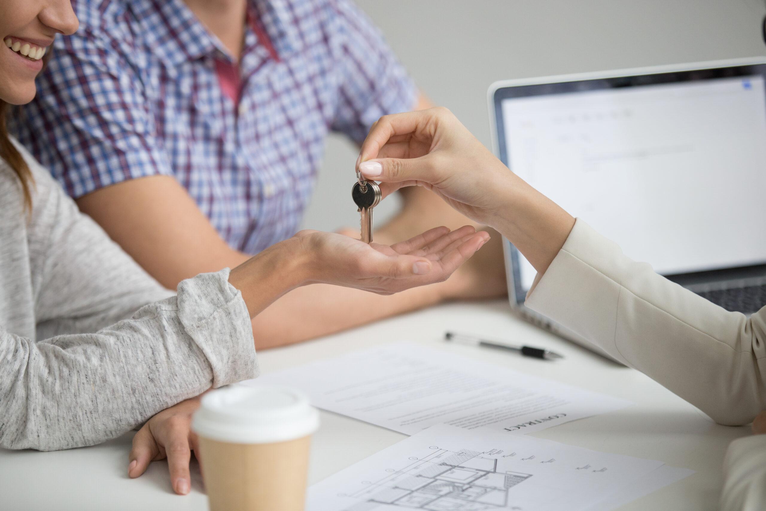 La compraventa de viviendas se dispara un 53,5% en julio y firma el mejor dato desde el boom de 2008